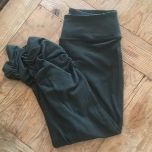 Beyond Yoga Capri Leggings. Great condition!
